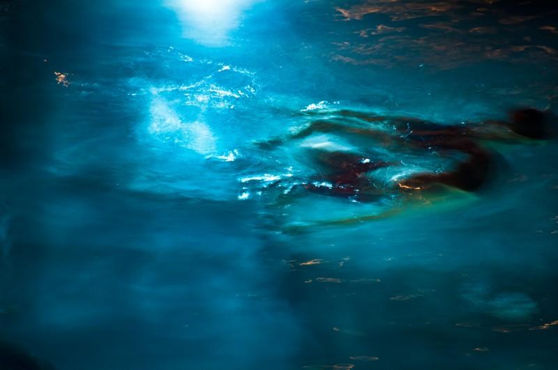 people-in-pool-at-night-802.jpg